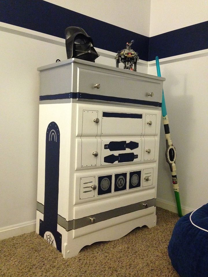 R2D2 Painted Chest of Drawers