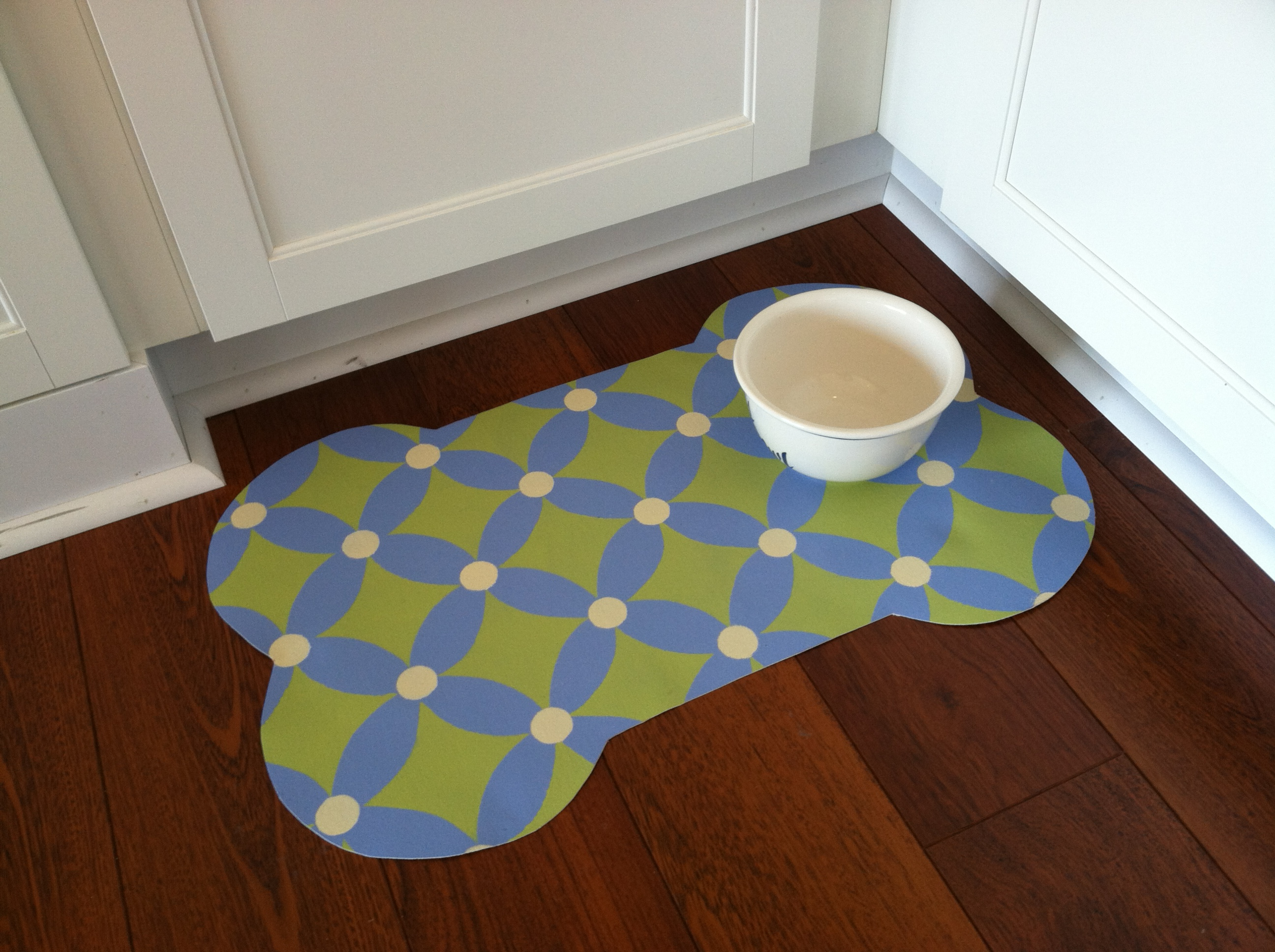 Darling Dog Bowl Mats